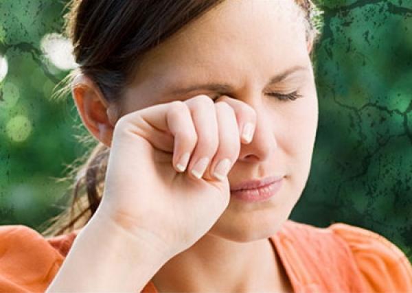 Keratita (inflamatia corneei)